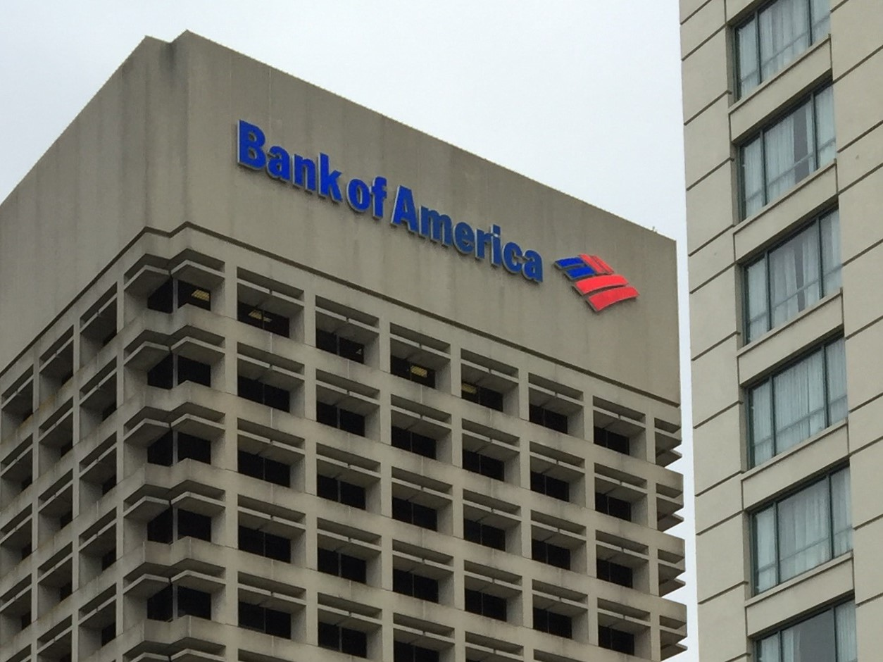 Bank Of America Or Citigroup: What If Bill Gross Is Right